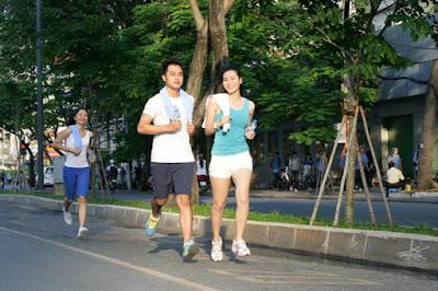 chạy bộ giúp bạn giảm căng thẳng mệt mỏi