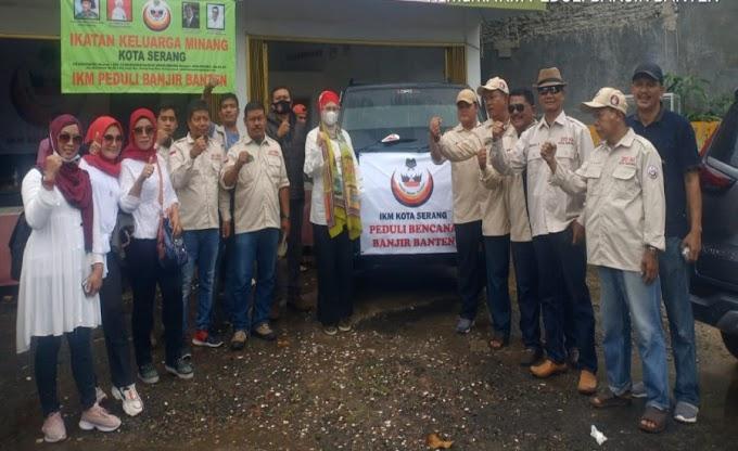 IKM Kota Serang Salurkan Bantuan ke Ponpes Al-Mukmin