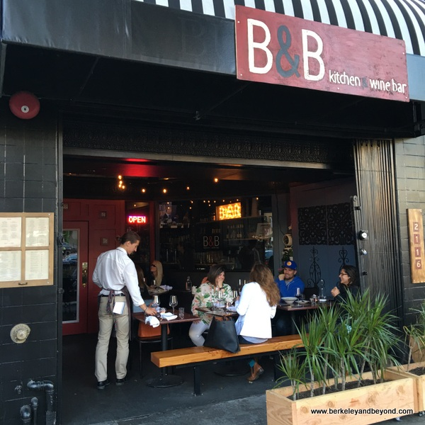 exterior & patio of B&B Kitchen & Wine Bar in Berkeley, California