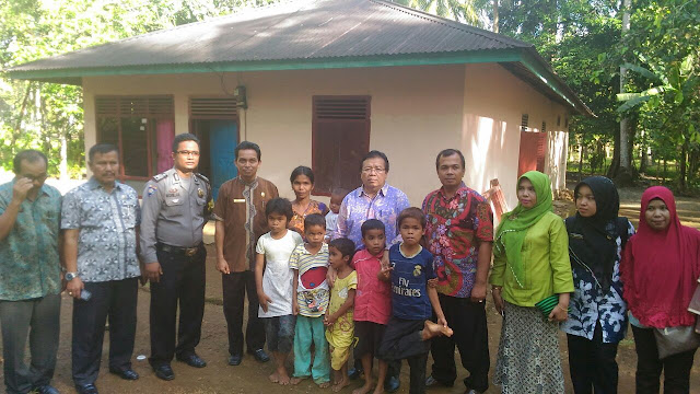 Pemkab Padangpariaman Janjikan Keluarga Asnimar Prioritas Penerima Bantuan