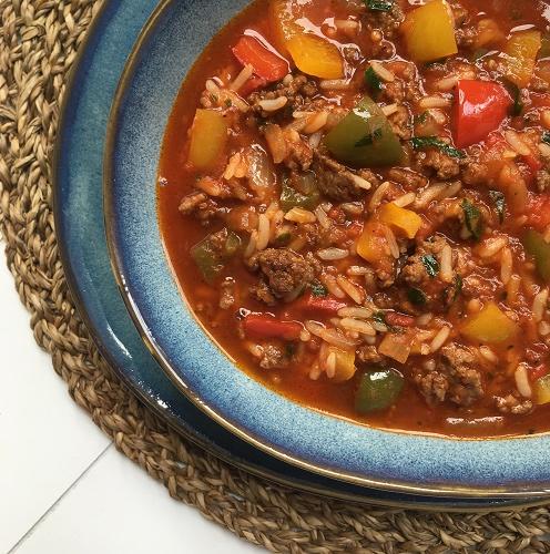 Paprikasuppe mit Hack und Reis ~ gefüllte Paprikaschoten als Suppe