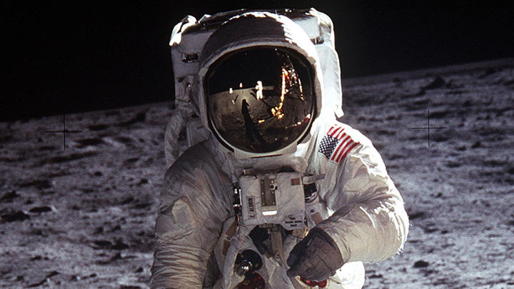 Why Did Astronaut Take Wedding Rings To Space