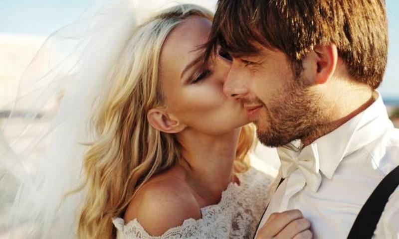 Evliliklerde Yeni Trend; Düğün Öncesi Çift Estetiği