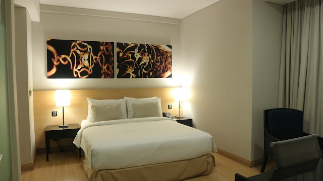 the straits hotel and suites melaka room premier suite