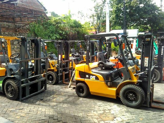 Keuntungan Rental Forklift dan Membeli Forklift Rekondisi