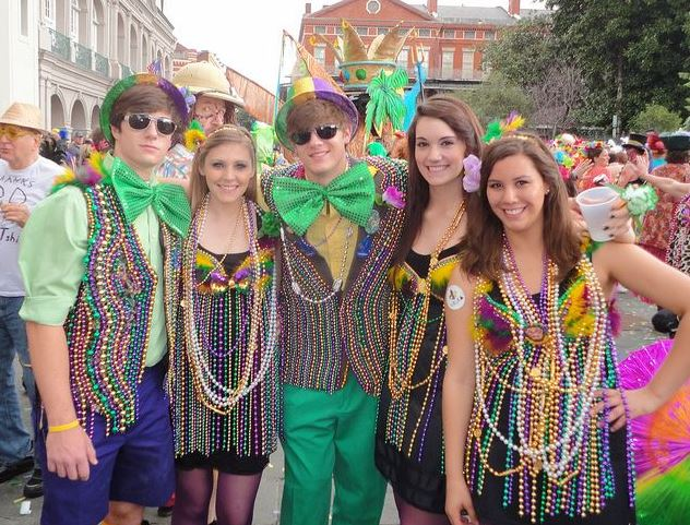 Mardi Gras Outfits, Costumes for Women and Men