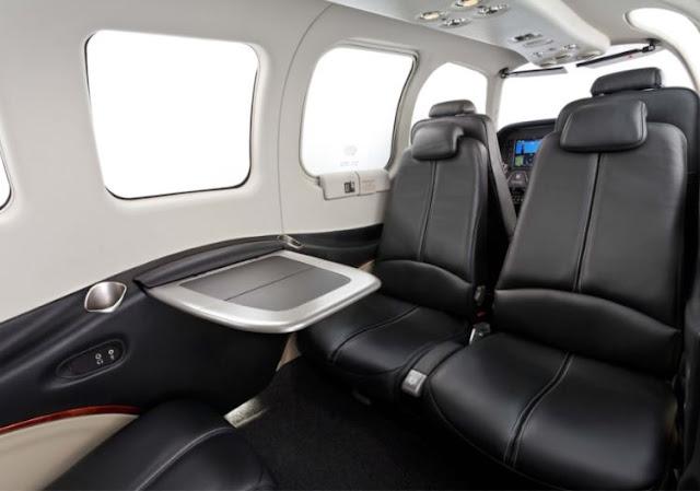 Beechcraft Baron G58 interior