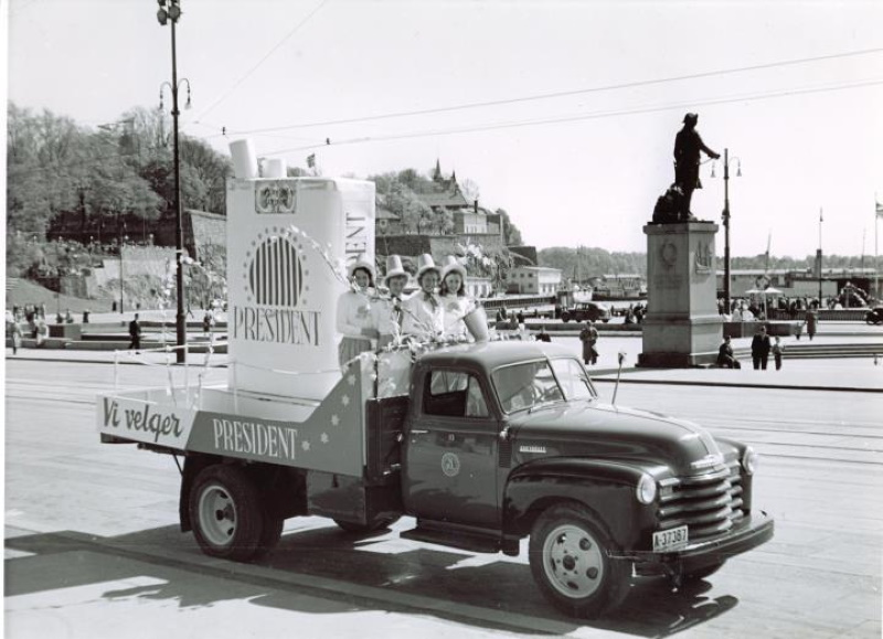 President Cigarette Truck in Oslo, Norway