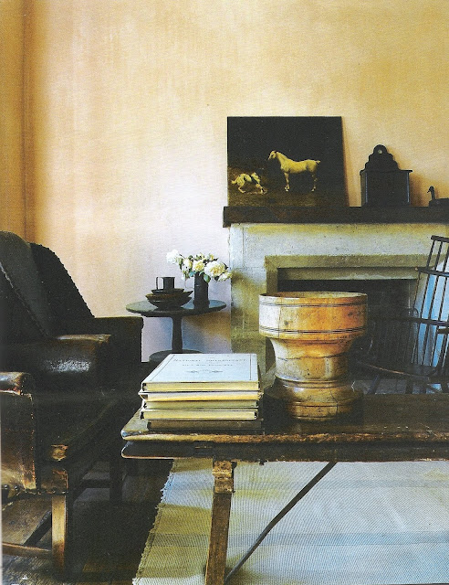 Convivial Contrast - living room - image via Rose Tarlow's The Private House as seen on linenandlavender.net