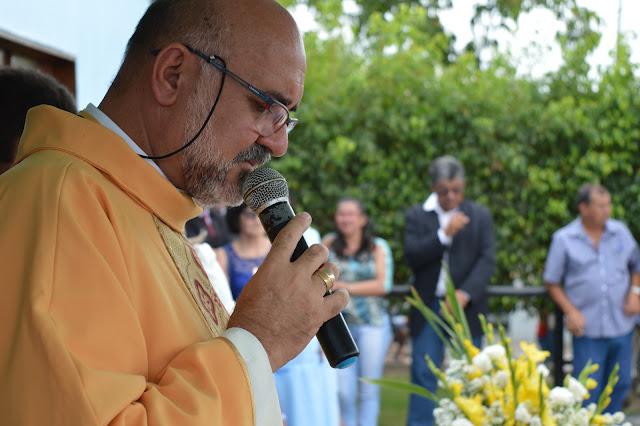 SALA DE LEITURA: A história do Padre Pedro das Romarias