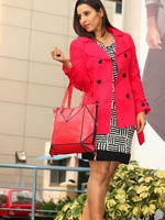 http://www.stylishbynature.com/2013/12/fresh-ways-how-to-wear-trench-coat.html