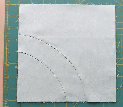 Luna Lovequilts - Improv layered curves block
