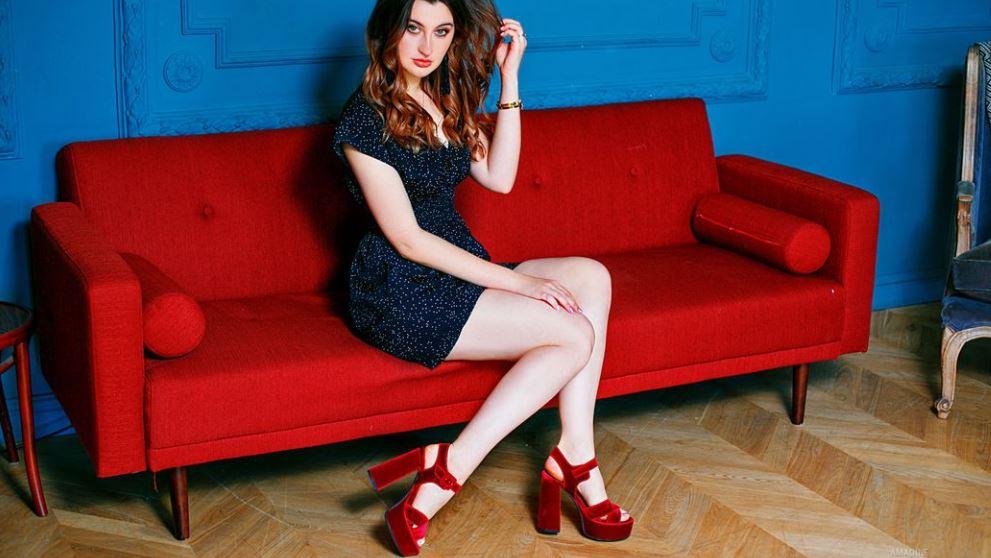 Amadine Model GlamourCams