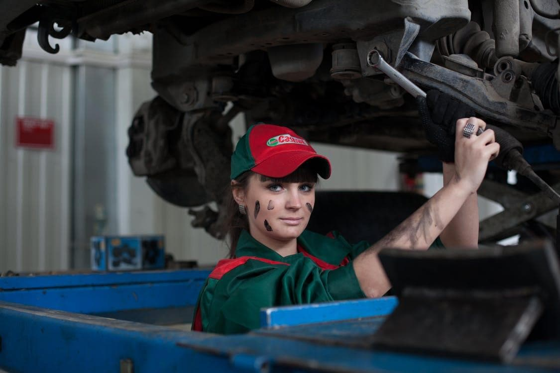 5 Tips on Hiring the Right Mechanic for Your Car