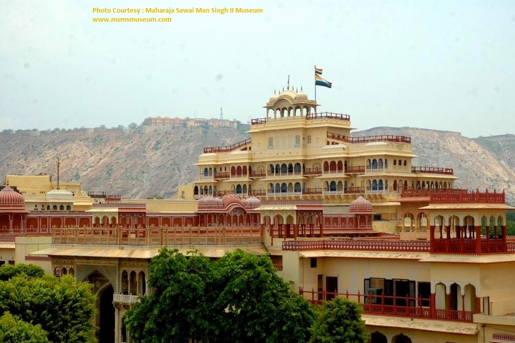 Flag of Jaipur King  Jaipur city Palace - Rajasthan, India - Pick, Pack, Go