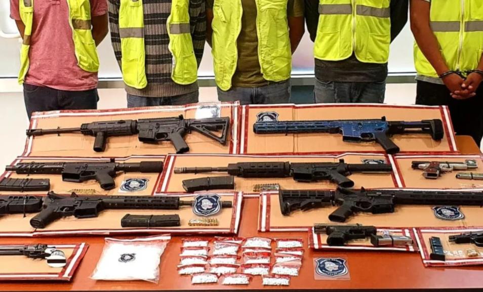 Detienen a cinco Sicarios con armas de alto poder en Ciudad Juárez, Chihuahua