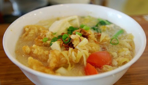 Fish Fillet Noodle Soup with Coconut Cream
