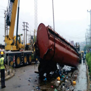 vegetable oil tanker falls ikorodu lagos