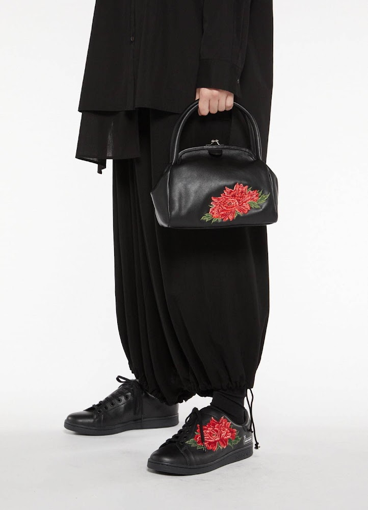 Y's A/W 2020 - Adidas Stan Smith featuring Peony flower 22