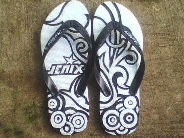 Sandal Jepit Unik