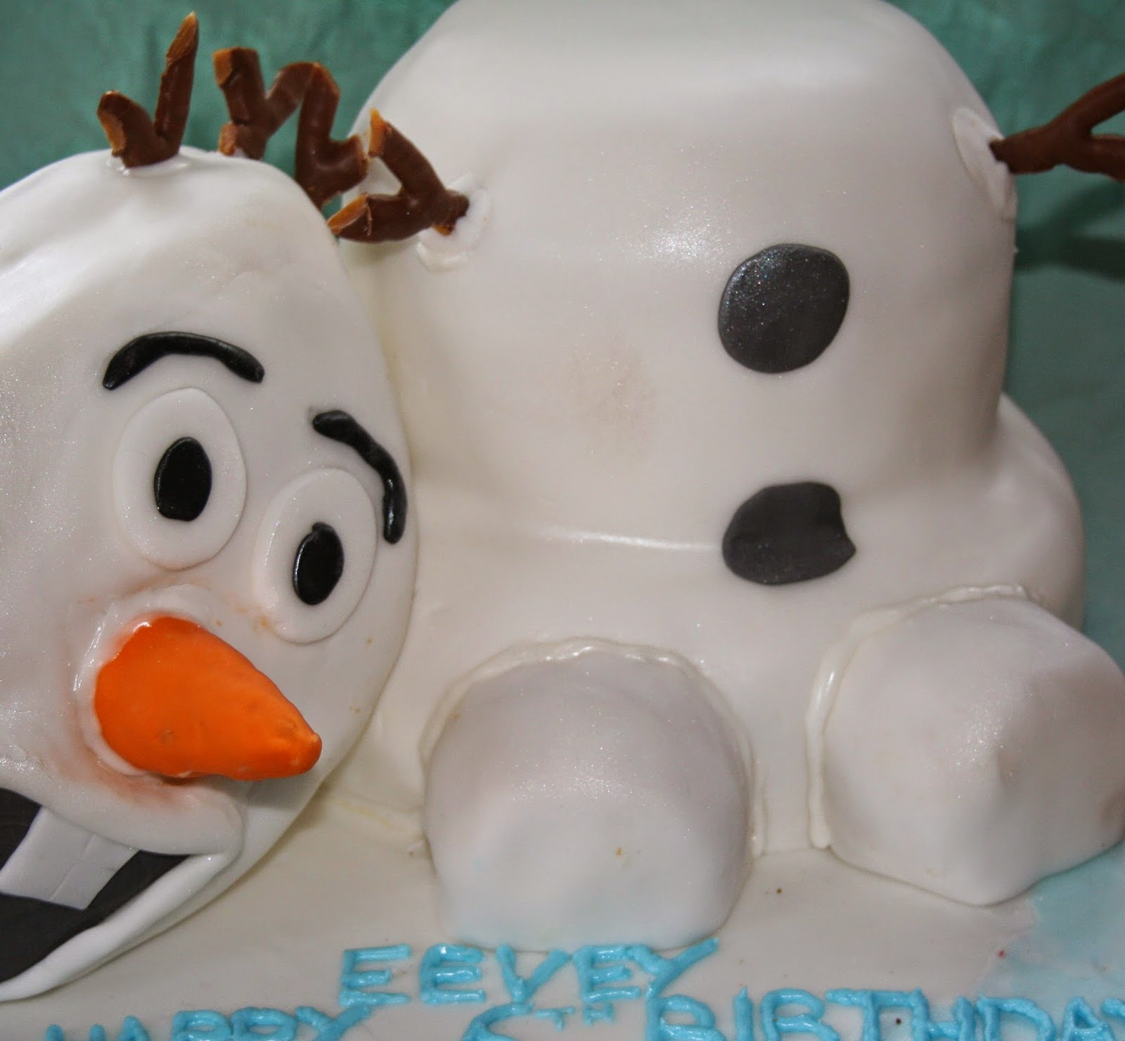 Wondrous Chintzy Cakes Olaf Birthday Cake Birthday Cards Printable Inklcafe Filternl