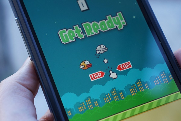 لعبة Flappy Bird للآيفون %D9%84%D8%B9