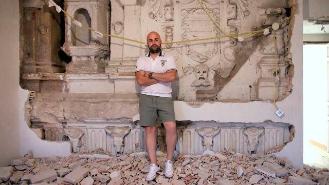 Un español se hace acreedor a una bonificación económica tras descubrir una fachada del siglo XIV en su casa