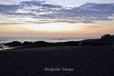 Pantai Munggu merupakan pantai yang tenang - Backpacker Manyar