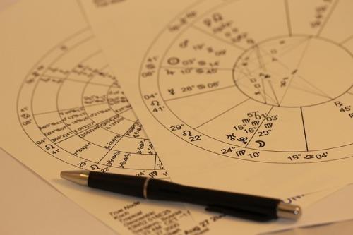 aprender astrología estudio