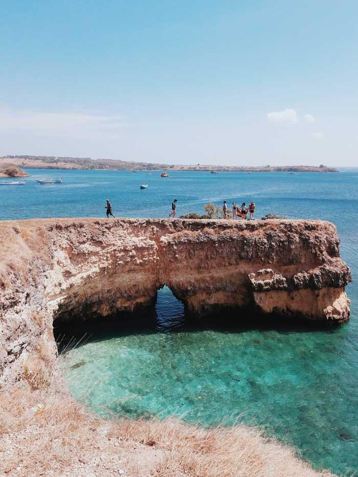 Fasilitas Wisata di Pantai Pink Nusa Tenggara Barat