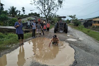 Jalan Paya Bakông Ka Lagè Kulam, Warga Theun Kawé Bak Jalan Raya