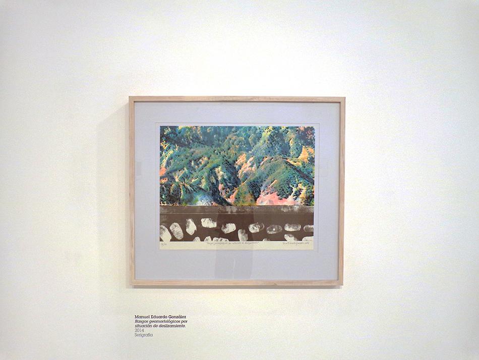 Serigrafia de Manuel Eduardo Gonzalez Rasgos geomorfologicos por situacion de deslizamiento en el Espacio Mercantil como parte de la exposición Grafica Mercantil Indagacion y seguimiento