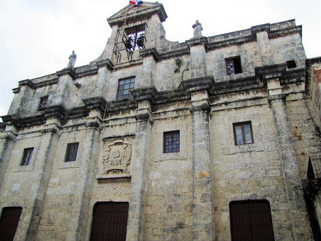 national pantheon zona colonial santo domingo dominican republic