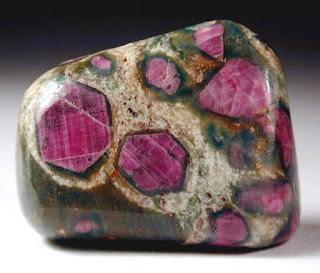 Sifat-Sifat Mineral Batuan