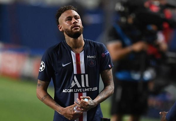 Gục ngã ở chung kết, Neymar ôm mặt khóc rưng rức