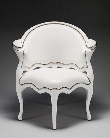 Futuristic Luxury Furniture: Classic Luxury Chairs