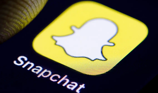 Snapchat releases its Dark Mode on iOS devices