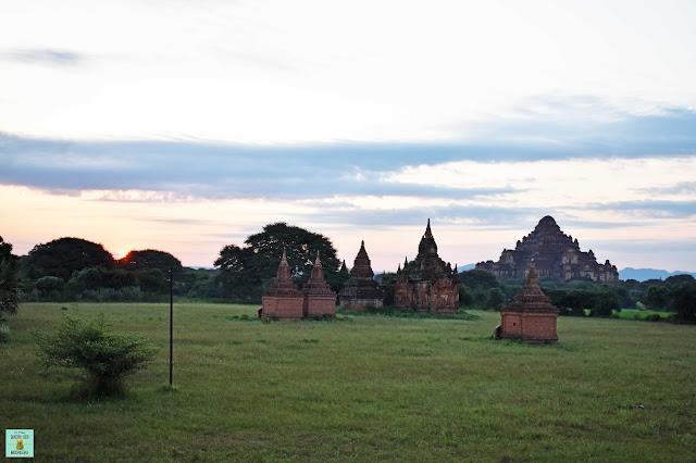 Amancecer en Bagan, Myanmar