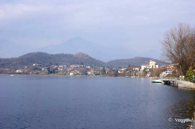 Scorcio di un lato del Lago Grande di Avigliana