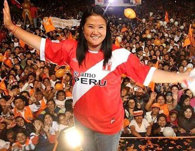 Foto de Keiko Fujimori en mítin presidencial