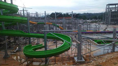 WATER THEME PARK DI BANGI AVENUE