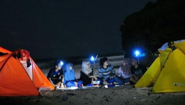 camping-pantai-ngetun
