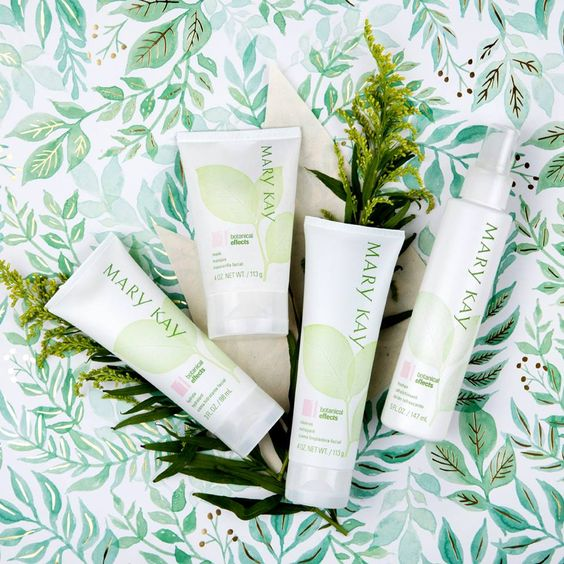 NATURALLY SIMPLE WITH BOTANICAL EFFECT SKIN CARE