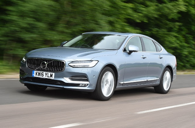 LATEST REVIEWS 2017  Volvo V90 D4