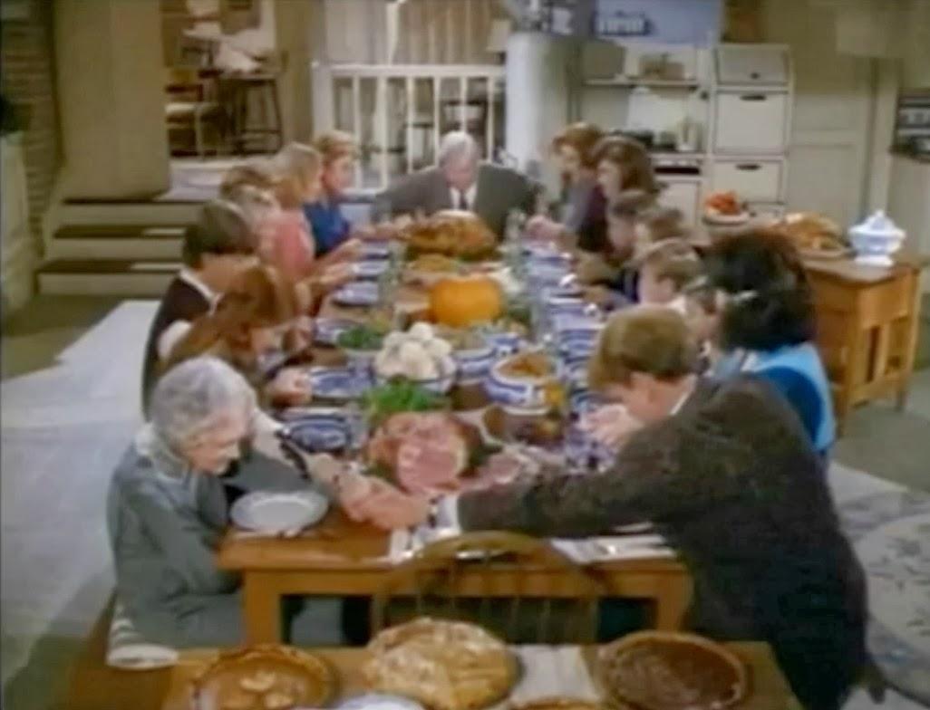 Holiday Film Reviews: A Walton Thanksgiving Reunion