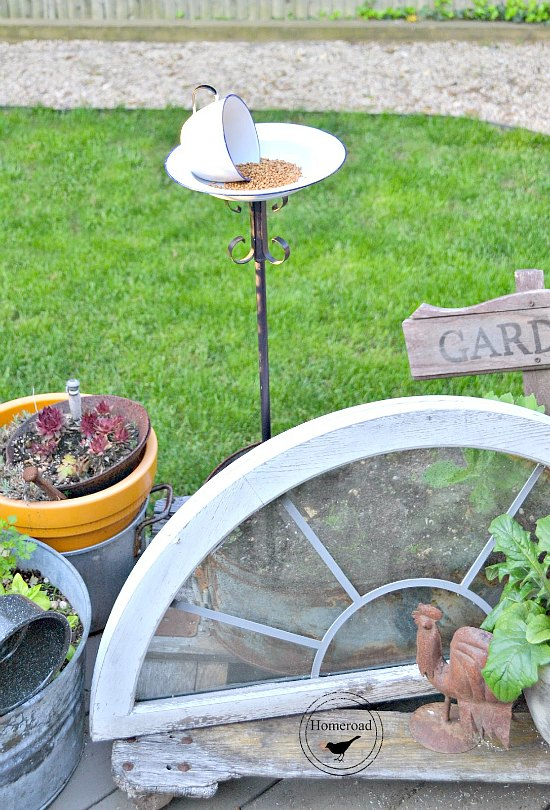 DIY Bird Feeder made with Enamelware cups