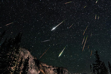 Perseid Meteor Shower 2012. Image by David Kingham