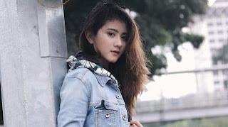 Lirik Lagu Ghea Youbi - Gak Ada Waktu Beib