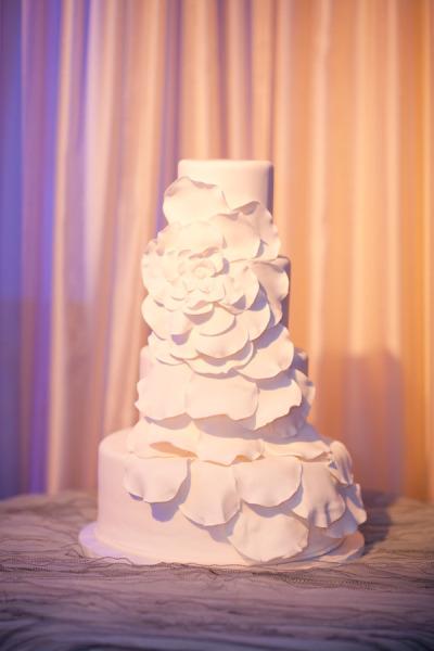 Wedding Cakes Pictures White Petal Wedding Cake