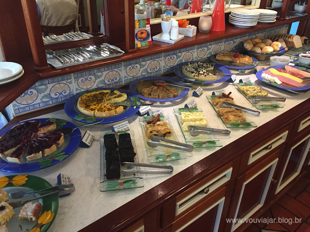 O café da manhã da Pousada Blumenberg, em Canela, é cheio de delícias de inspiração alemã